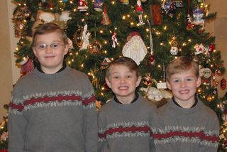 2010 Christmas picture of boys